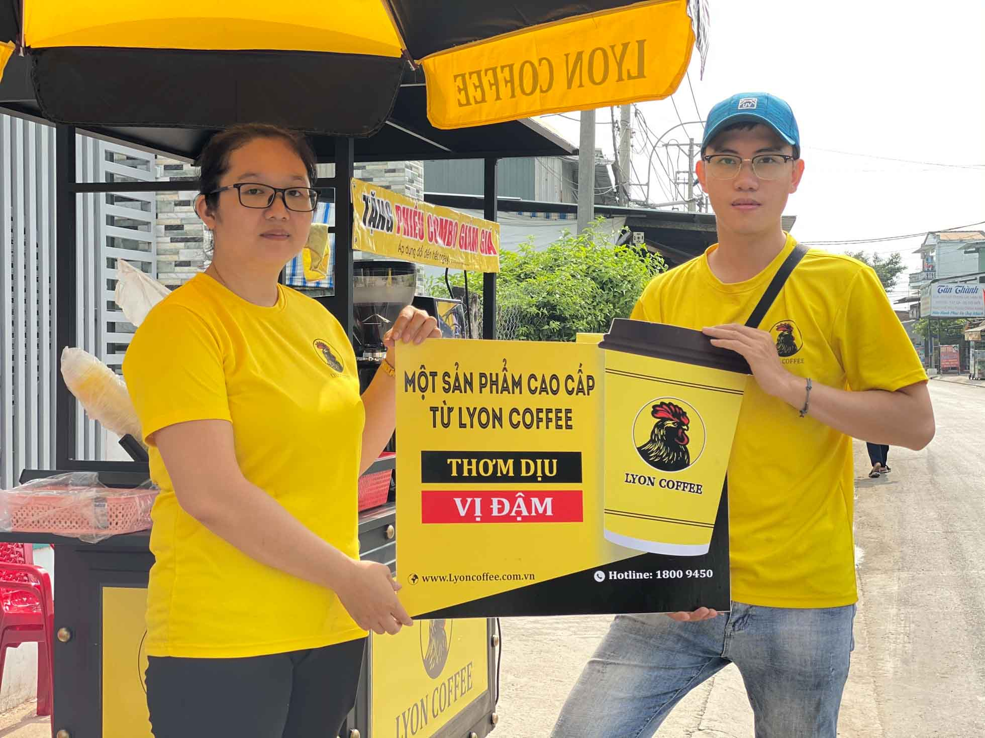 Thừa hưởng cách vận hành kinh doanh từ Lyon Coffee khi kinh doanh nhượng quyền thuê xe cafe pha máy mang đi