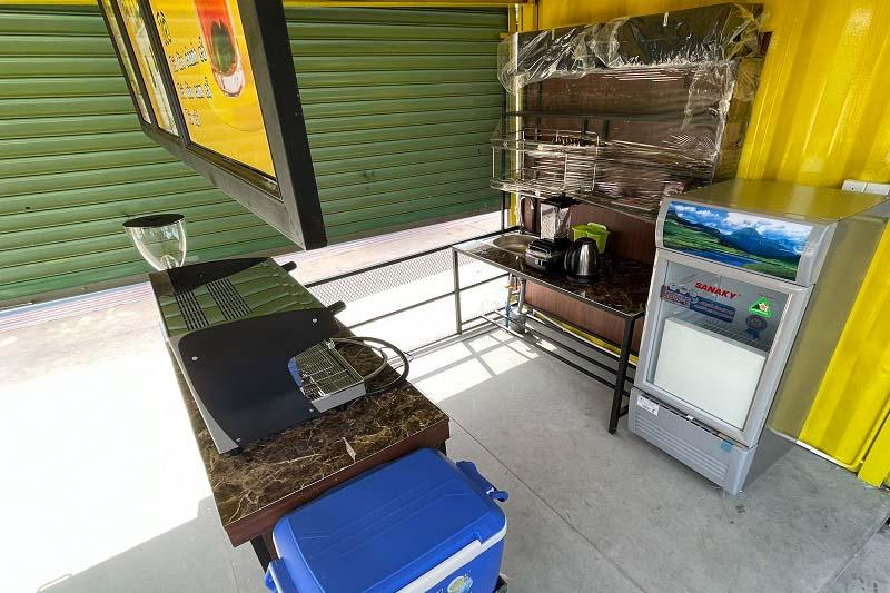 Máy móc, thiết bị để pha cà phê và các món nước khác