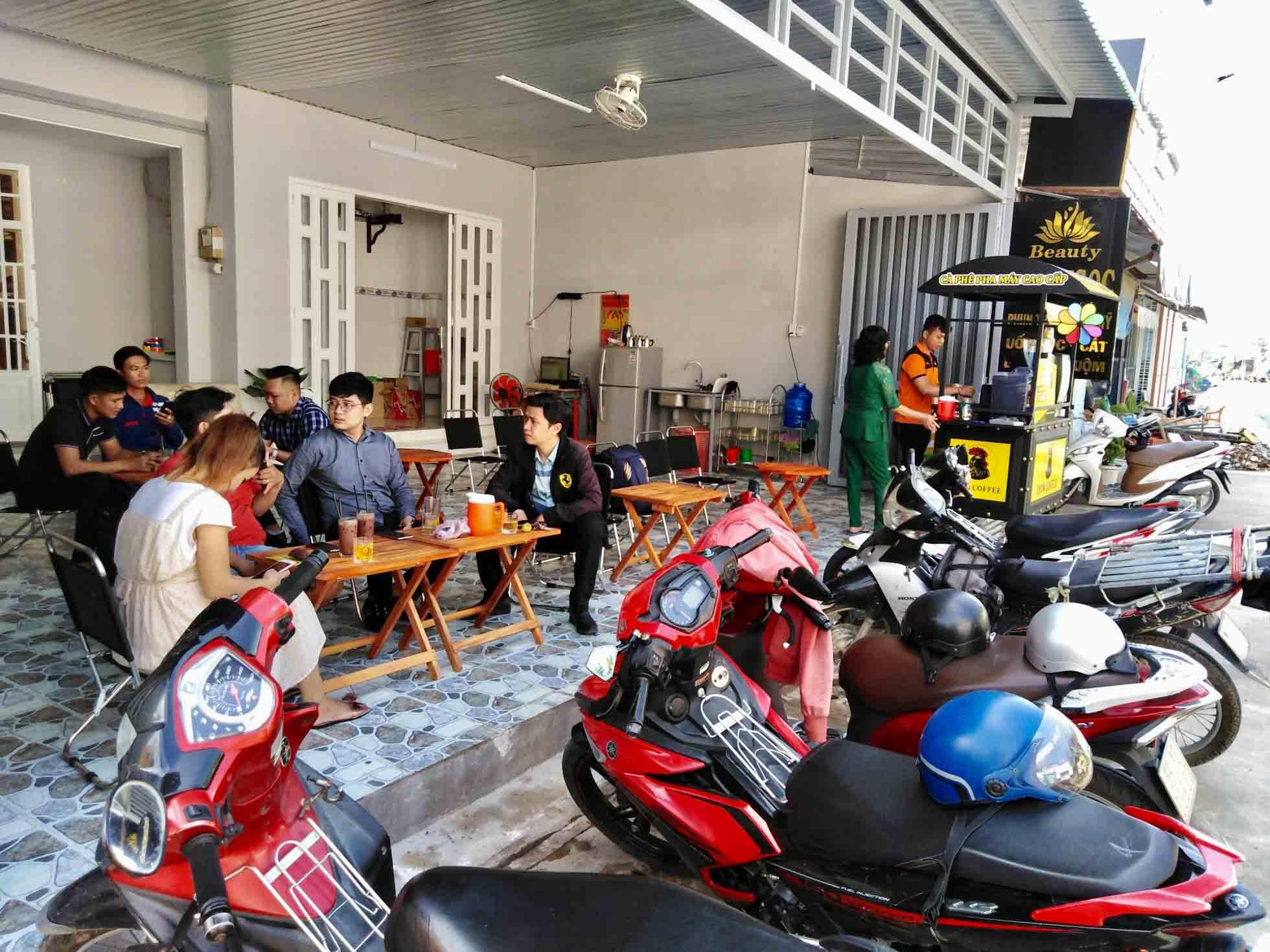 Chi phí đầu tư thấp khi thuê xe bán cafe